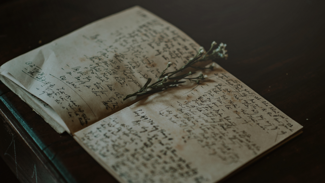 no-words-Copy-of-keeping-a-magical-journal-1140x641